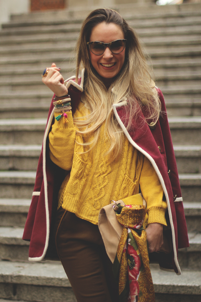 La señorita, My Showroom, Priscila Betancort, Carlos Toun, Street Style, Aïta, jersey Mostaza, burgundy coat, Fashion blogger, fashion, winter outfit