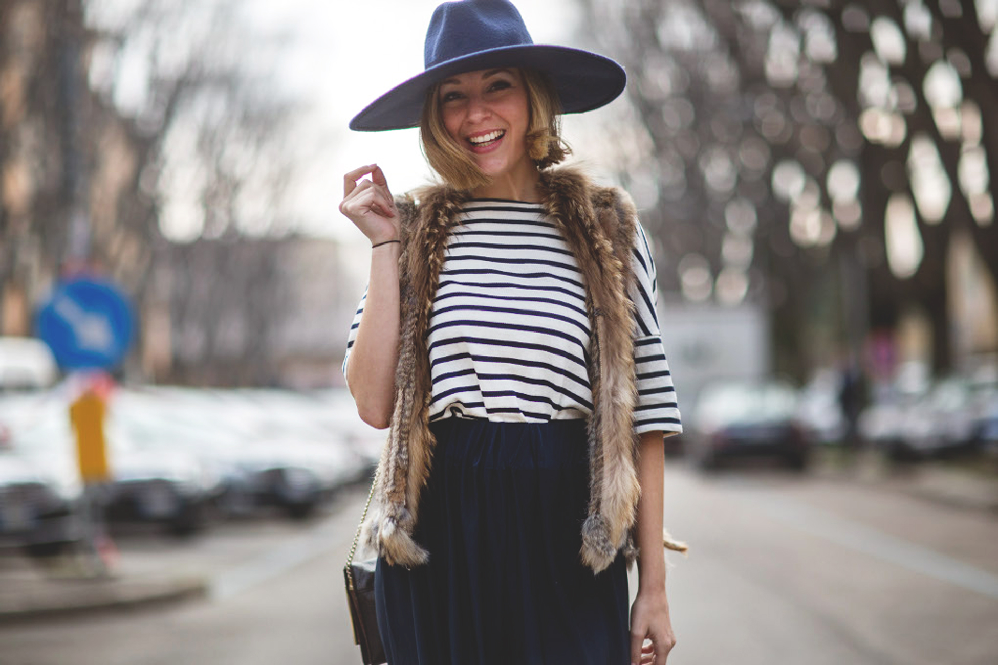 palazzo pants, blue pants, hat, sombrero azul, mfw, blonde, it girl, my showroom, street style, navy, look mfw, pantalones palazzo,