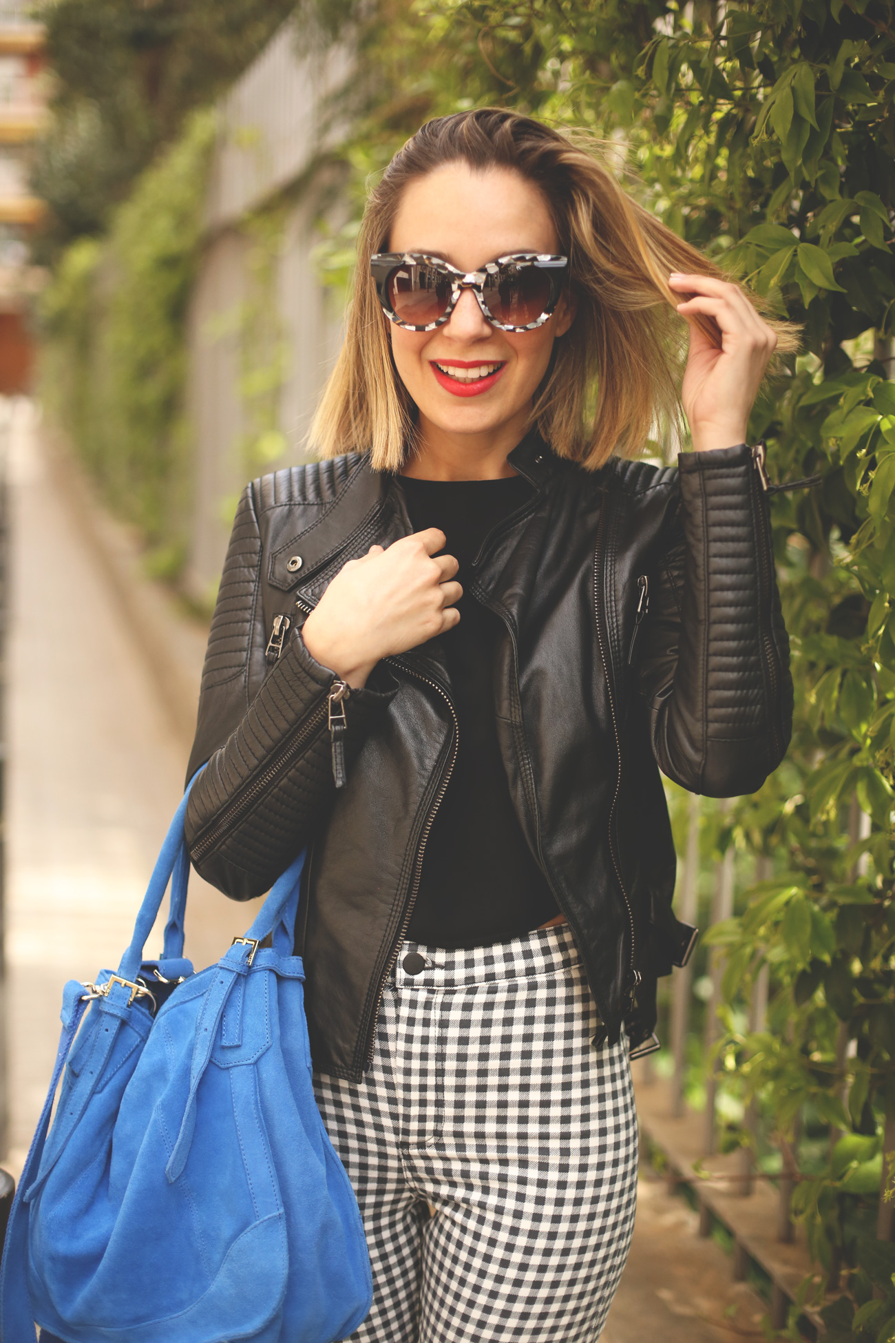 blonde, girl, fashion blog, street style spain, hight waist jeans, biker Zara,