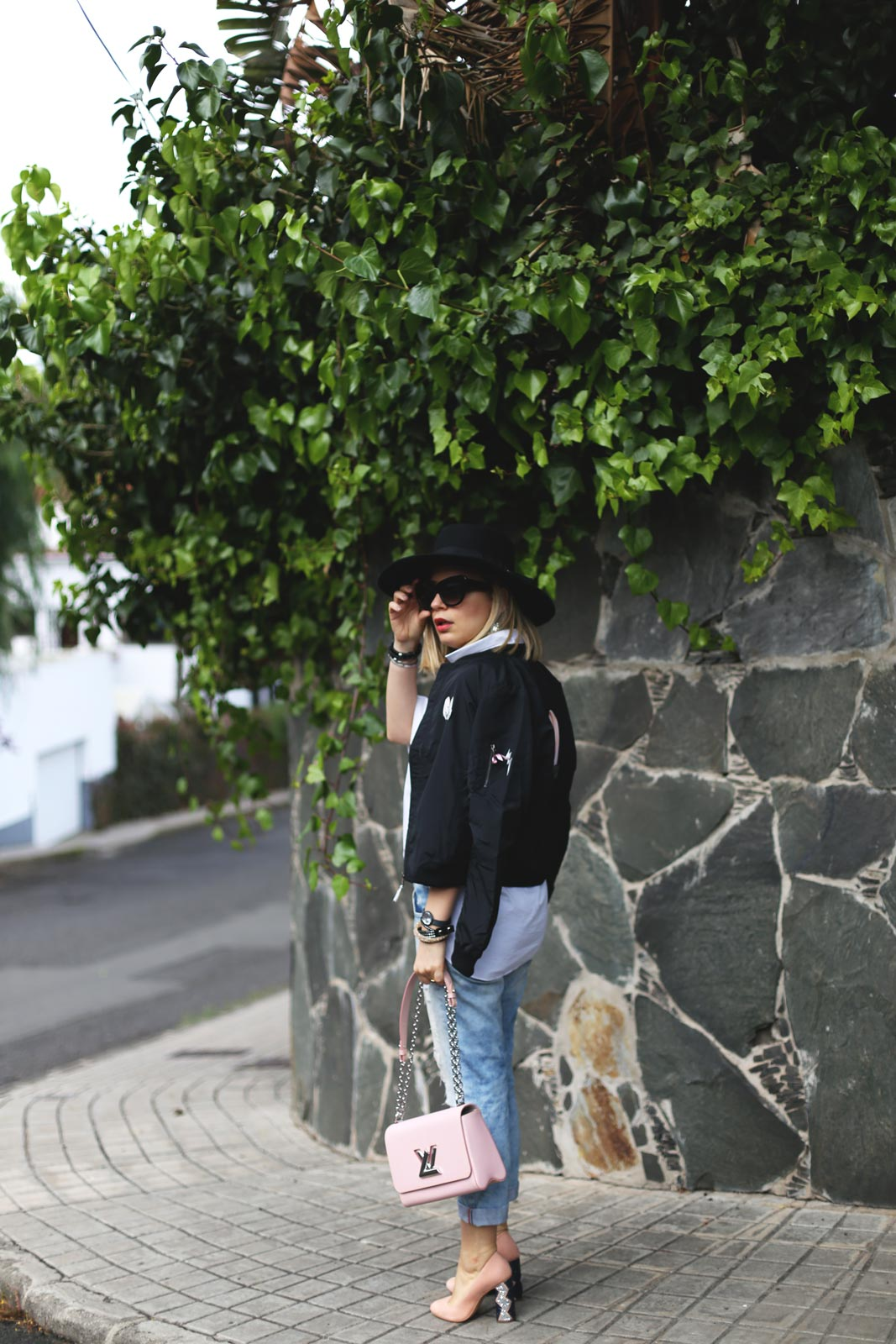 look con bomber mujer