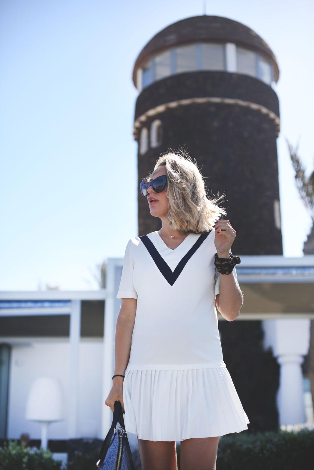 vestido blanco escote en v