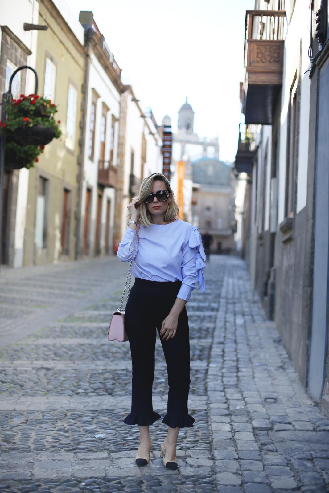 pantalones de Zara con volantes