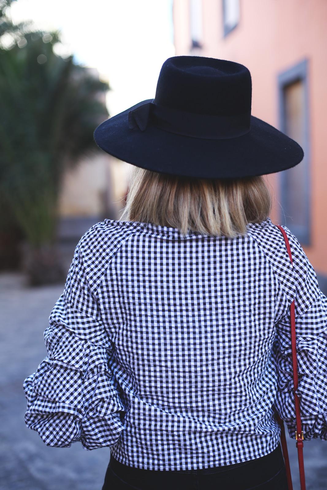 Look con sombrero moda