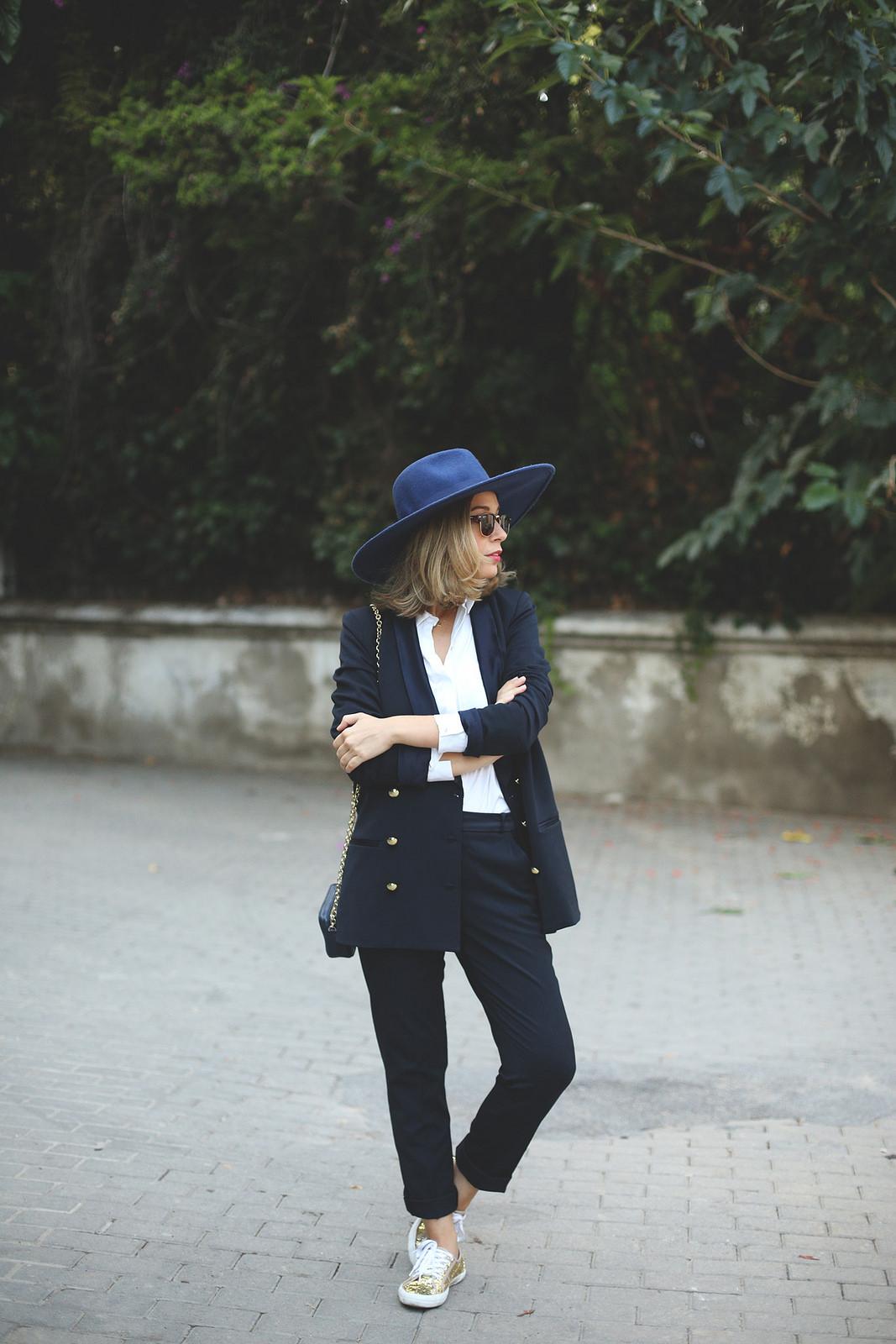 Traje azul para mujer moda