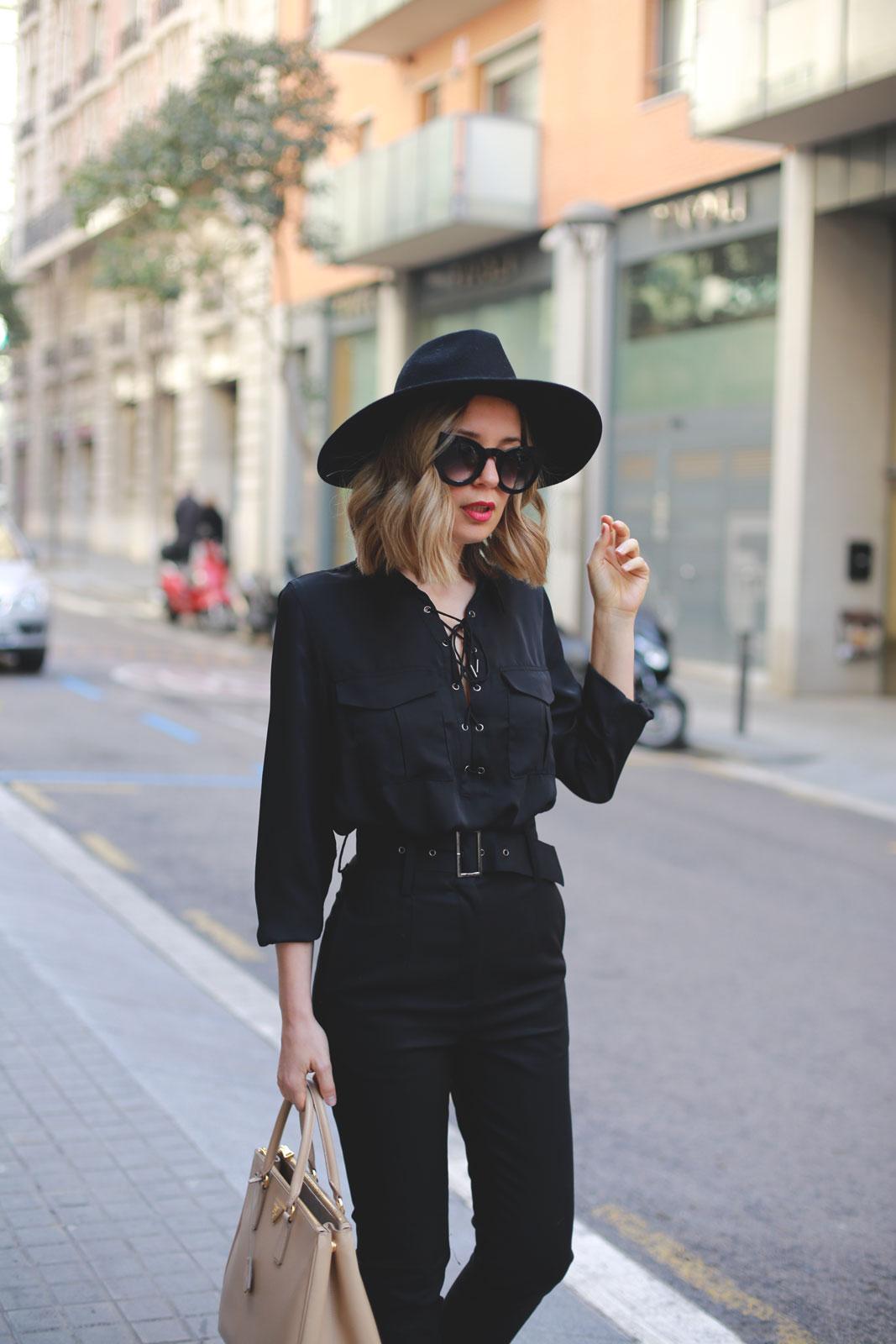 Look total black blog de moda