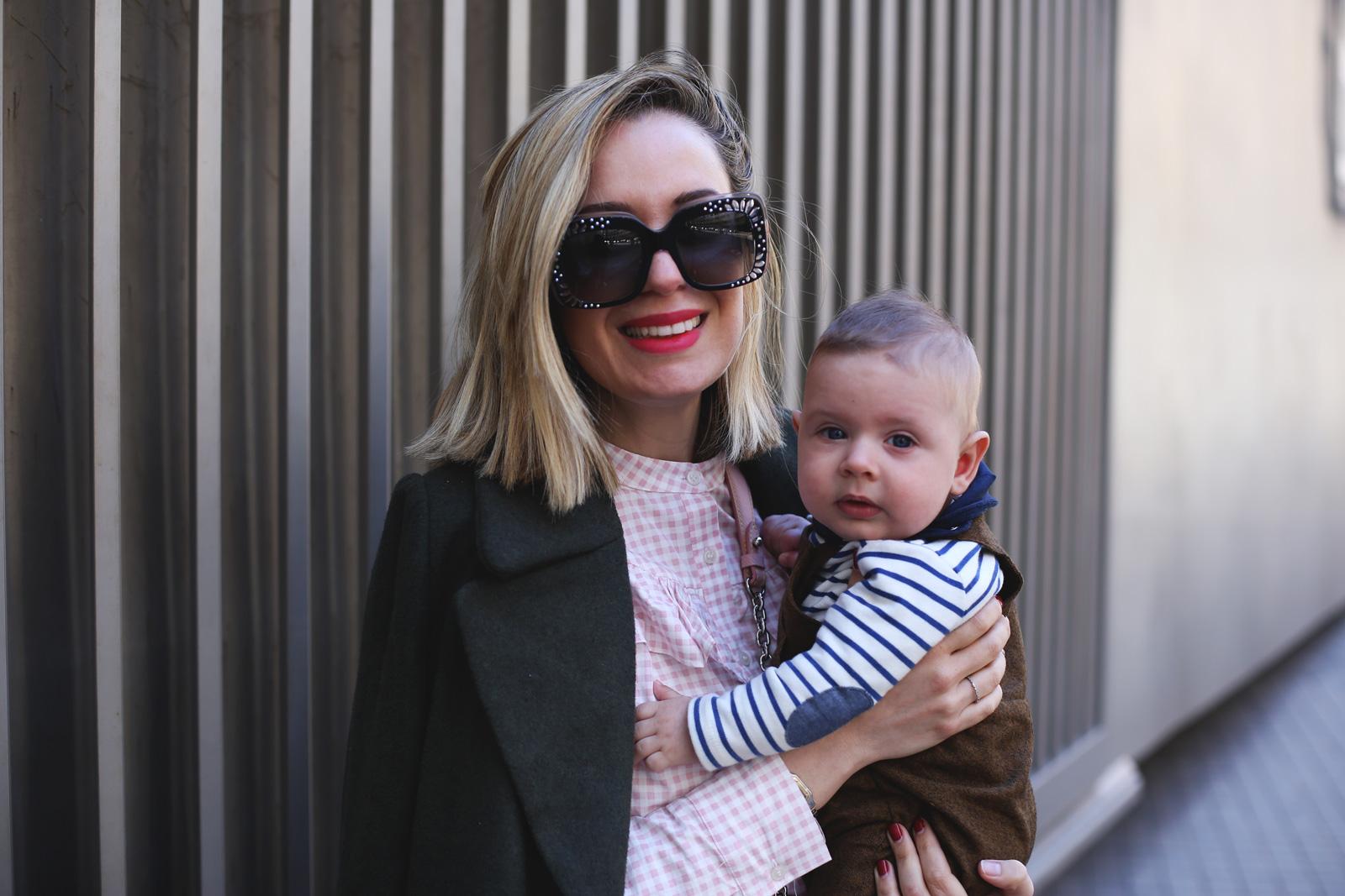 blogger con bebe y consejos de moda