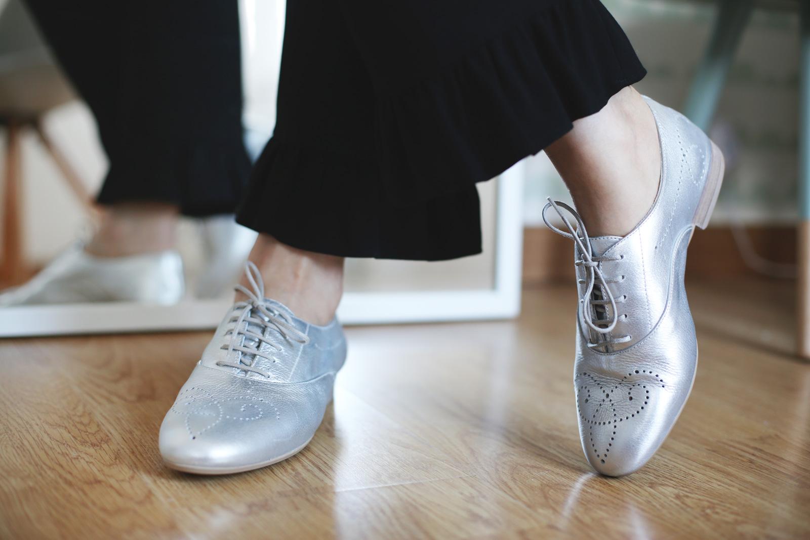 Zapatos estilo masculino plata