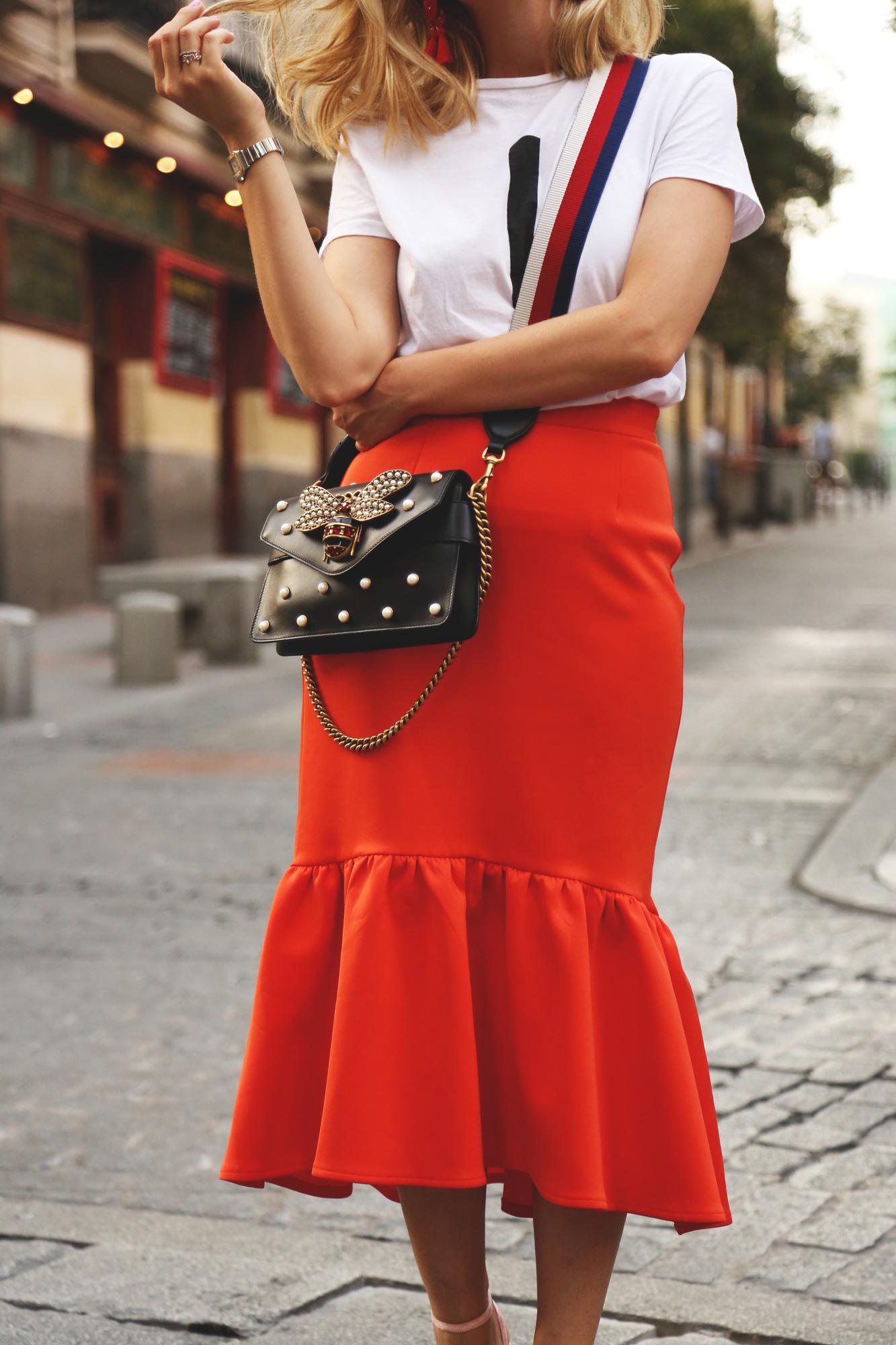 falda tubo roja flame
