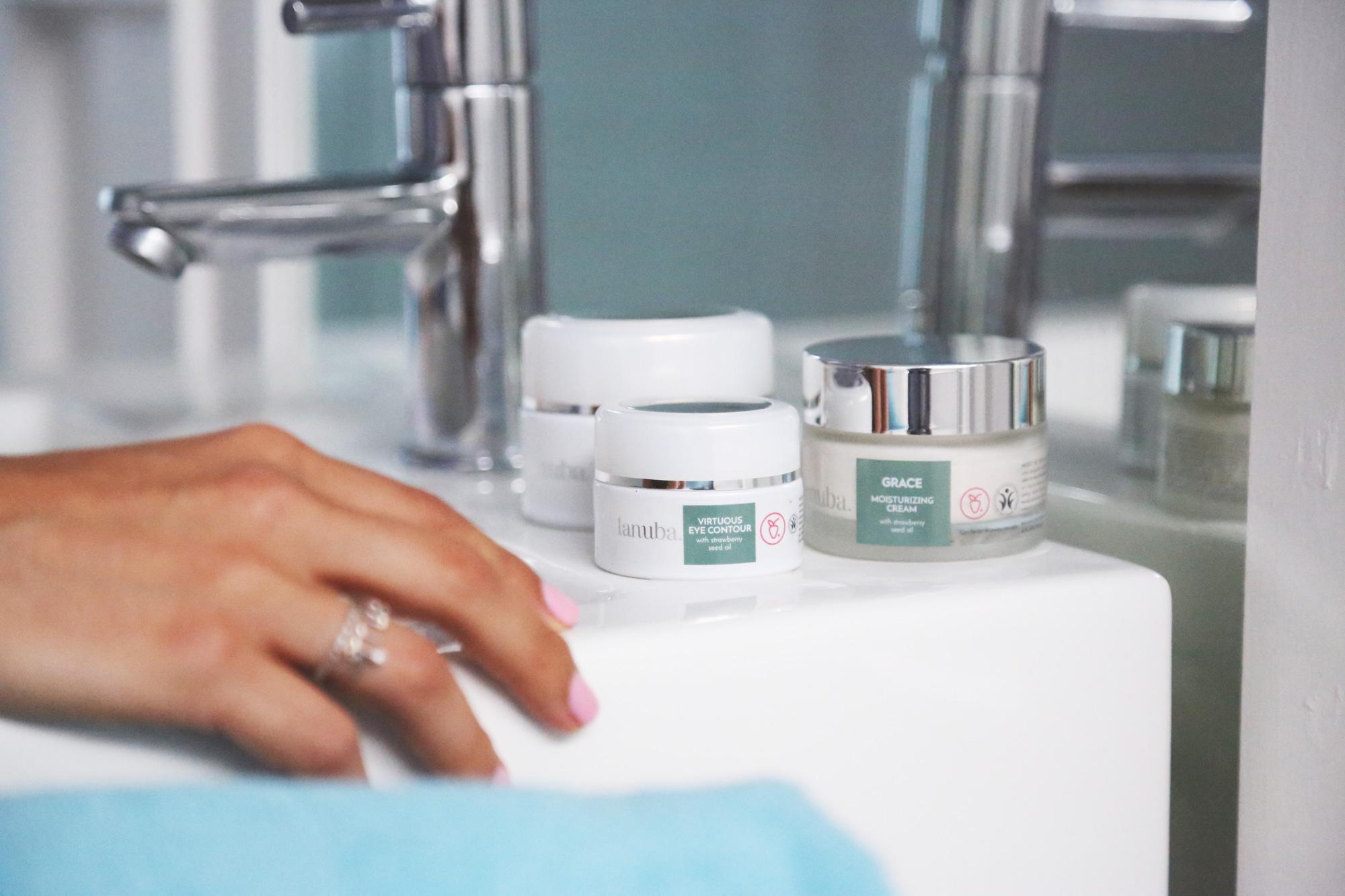 como cuidar tu piel de forma optima