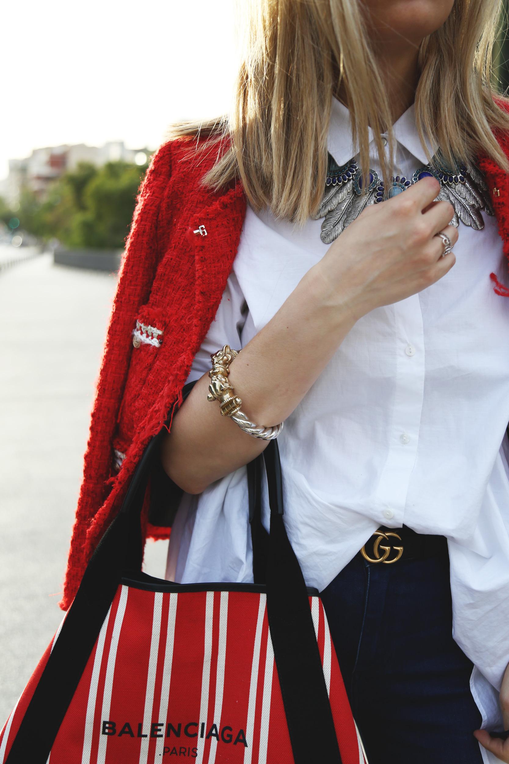 chaqueta tweed roja Zara