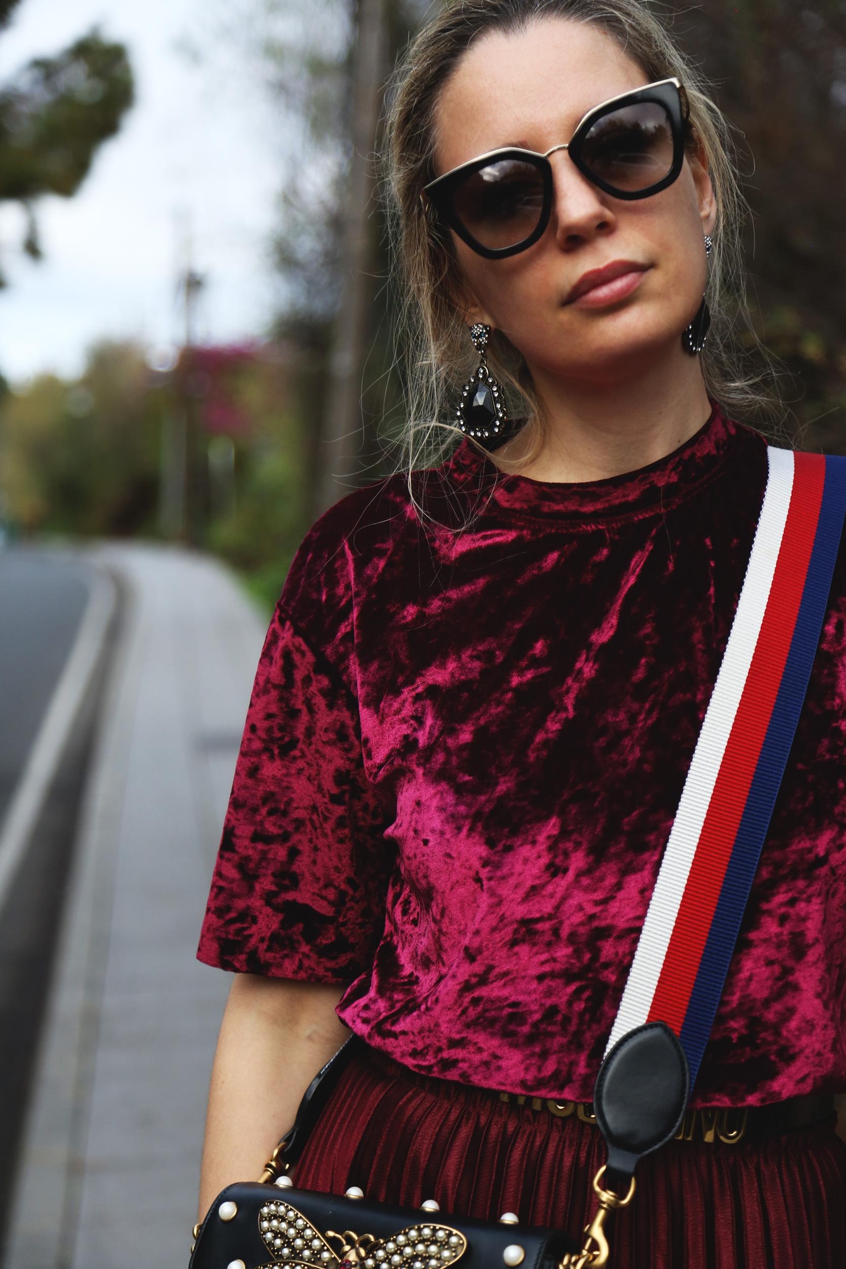 camiseta de terciopelo moda burdeos