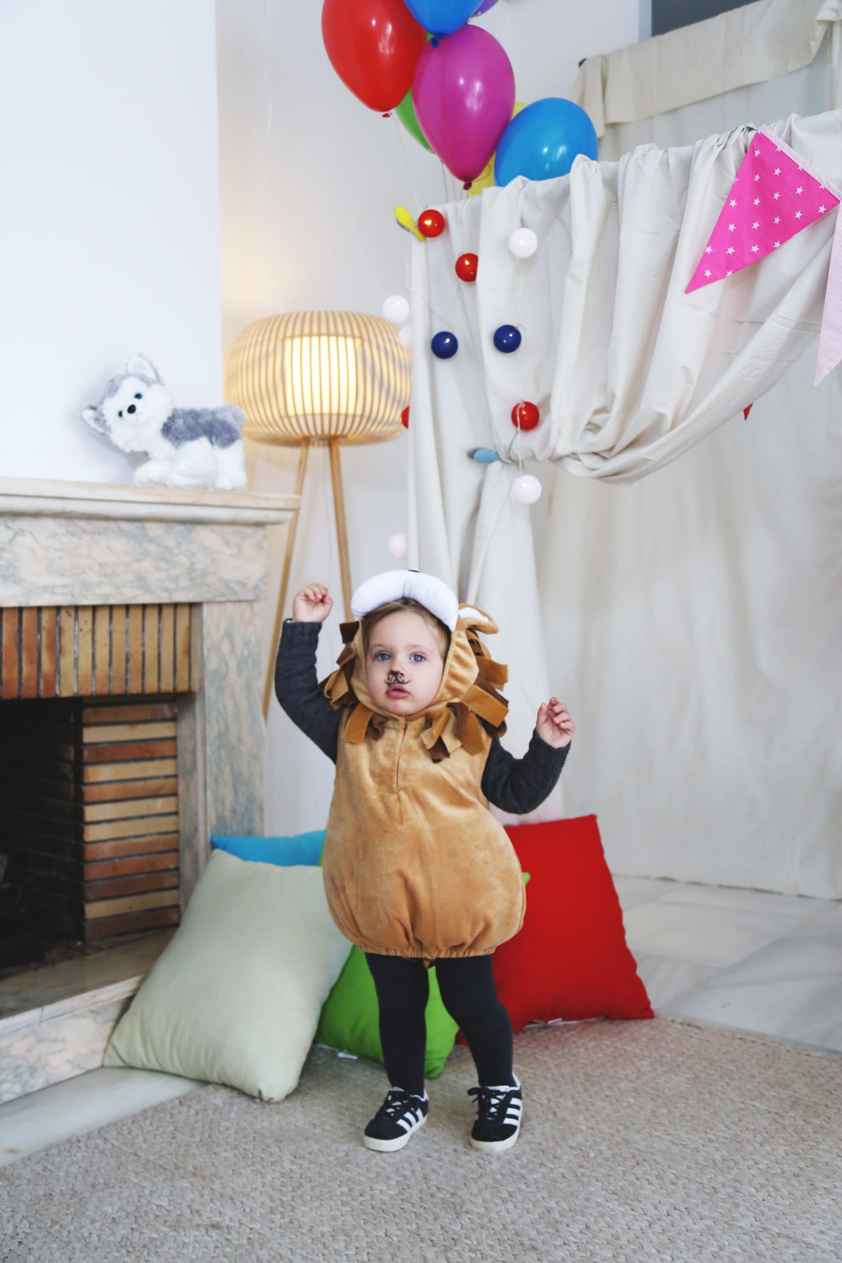 disfraz de bebe leon